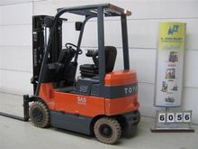 Used TOYOTA 7FBMF16