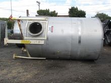 4700 GAL STAINLESS STEEL TANK