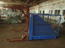 2011 Vestil Hydraulic Box Dumpe
