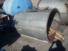 525 GAL STAINLESS STEEL TANK