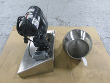 "12"" Colton Polishing Pan, S/S"