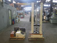 Used Instron 4200 in