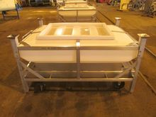 Used 30 Cu Ft Tote,