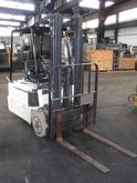 BAKER CORP ELECTRIC FORKLIFT, 2