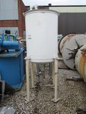 200 GAL APACHE STAINLESS STEEL