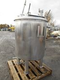 200 GAL STAINLESS STEEL TANK