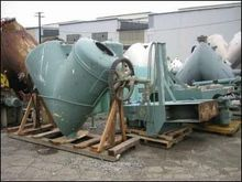 40 Cu Ft P-K Twin Shell Solids
