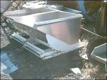 14 CU. FT. PORTABLE DUMP HOPPER