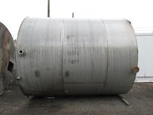 10000 GAL STAINLESS STEEL TANK