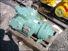 Used Carrier 06EY475