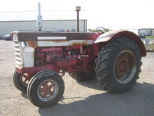 International 660 Tractor