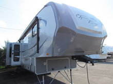 2012 HIGHLAND RIDGE RV 359RK