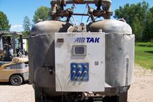 Air / Tak   2100 cfm Heated Blo