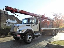2006 INTERNATIONAL 7400 Roofers