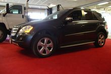 2010 MERCEDES-BENZ ML350 One ow