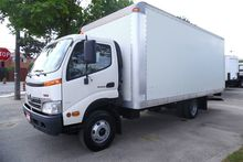 2009 HINO 155 Cab over with 18f