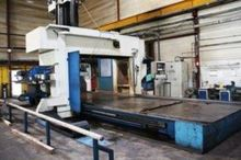Used gantry type milling machin