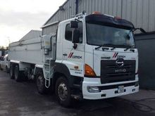 Used 2007 Hino Tippe