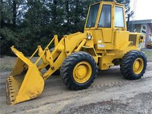 Used CATERPILLAR 930