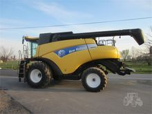 2007 NEW HOLLAND CR9040