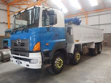 2006 Hino Tippers 11425