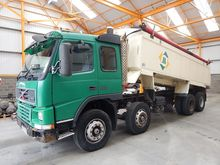 2001 Volvo Tippers 11643