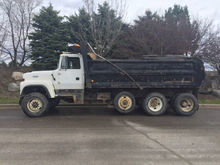 Used 1993 Ford LT800