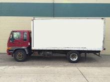 2004 Hino Trucks FE