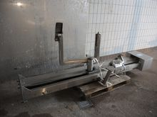 NN lifter for 200 liter meat bi