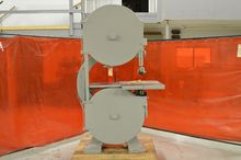 Crescent Band-Saw - 32 Inches