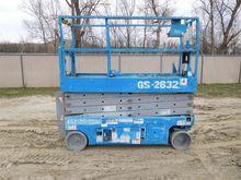 2007 GENIE GS2632