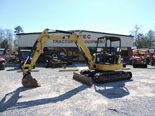 2014 Caterpillar Mini Excavator