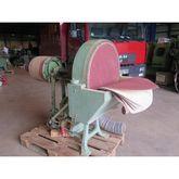 Disc sanding machine