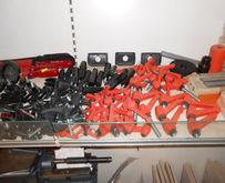 Handwheels - handles - clamps