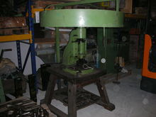 Ring mandrel press