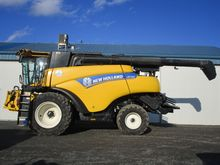 New Holland TR97