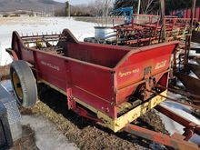 Used Holland 3114 in