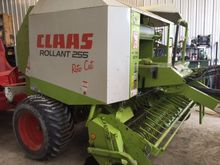 2007 Claas Rollant 255