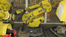 2005 Fanuc R-2000ia Robot with
