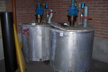 Stainless Steel Tanks (Qty 2) S