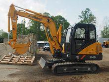 Excavator IRONDIRECT10015