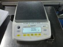 2011 Sartorius AX4202 Balance.