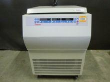 Thermo RG3 75002433 Centrifuge