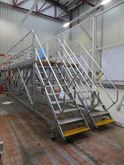 Assembly Platform 10 treads CAT