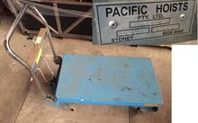 Hydraulic Lift Trolley Blue EL-