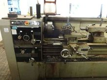 Voest 'Apollo 25' Centre Lathe
