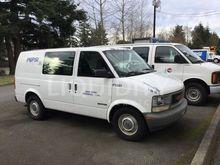 1996 GMCXX Safari Van F11861