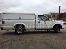 2000 GMC S-15 Pickup Truck F256