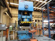 Hydraulic punching machine STO