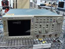 Tektronix mdl TDS 784A Color Fo